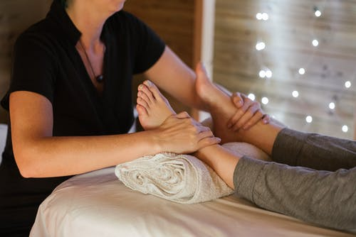 Essential information to know before you see a professional foot doctor